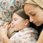 5 способов уложить ребенка спать днем