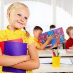 Белая ворона. Как помочь ребенку влиться в коллектив одноклассников?
