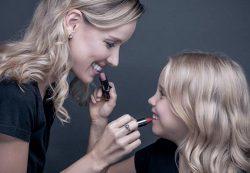 20 вещей, которым нужно научить свою дочь