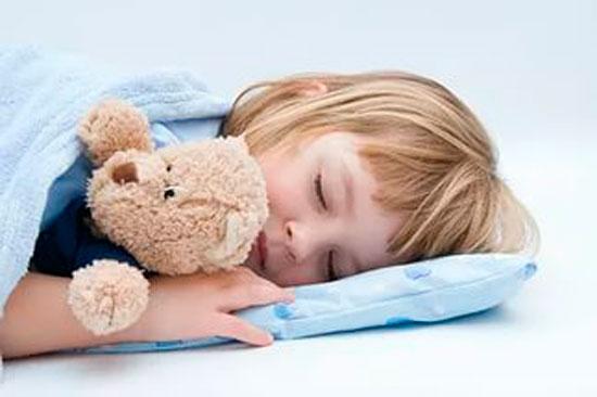 Как разбудить ребенка утром?