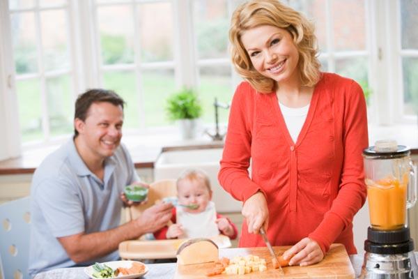 Питание кормящей мамы. Каким оно должно быть?
