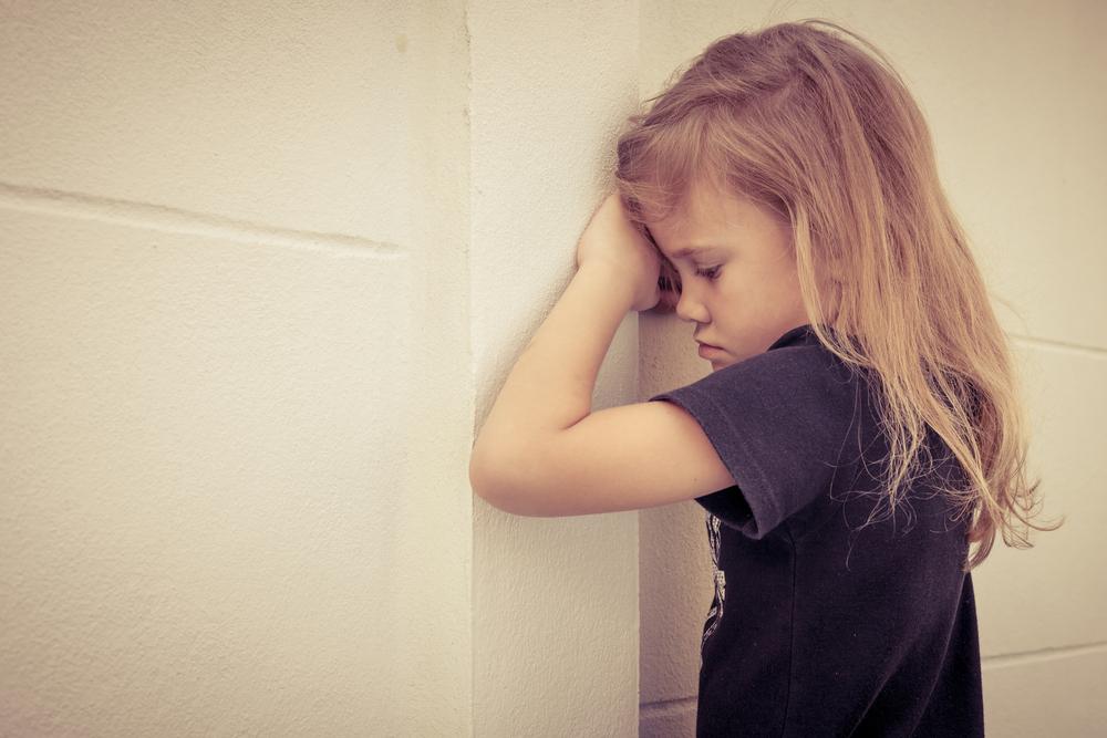 «Я обиделся»: как научить ребенка прощению