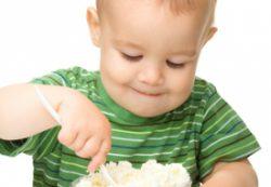 Питание детей: что приготовить из творога?