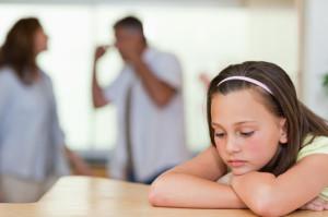 Родители и агрессия: крик, ругань, наказания детей. Почему?