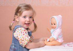 Игра «дочки-матери» — отражение взаимоотношений поколений