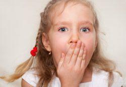 Что делать, если ребенок заикается