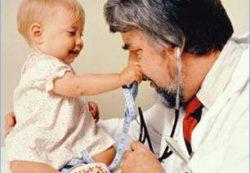 Первый визит к ортопеду: ортопедический осмотр ребенка в 3 месяца
