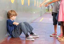 Травля в школе: причины и что делать?