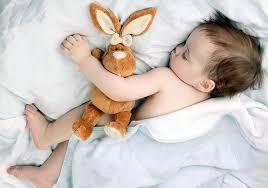 С любимой игрушкой не страшно засыпать и ходить к врачу