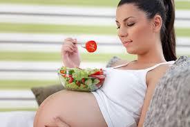 Особенности питания беременных женщин