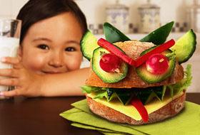Малыш не любит свежие овощи и фрукты, что делать?