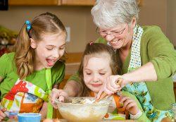 Стереотипы воспитания: наши бабушки были правы?