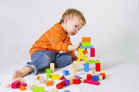 Обучение через игру (10-12 месяцев)