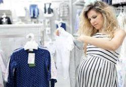 Одежда для беременных: список вещей. Когда покупать?
