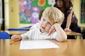 Невнимательный ребенок: смотрите в окно и учите наизусть считалки