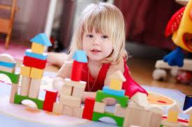 Как играть с ребенком в кубики