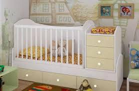 Выбираем детскую кроватку: подсказки будущим родителям