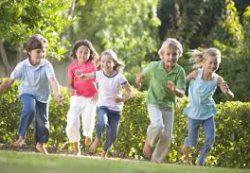 Современные дети и старые сказки на новый лад: случай на прогулке