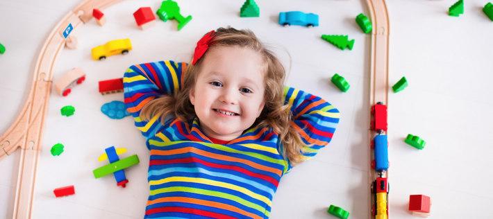 Научить ребенка убирать игрушки