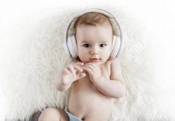 Как определить хорошо ли малыш слышит