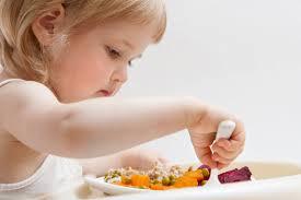 Есть, чтобы жить. Сколько еды нужно детям