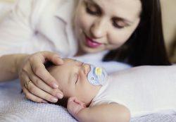 Головная боль у малыша: причины, виды, лечение