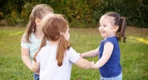 Как научить ребенка общаться?