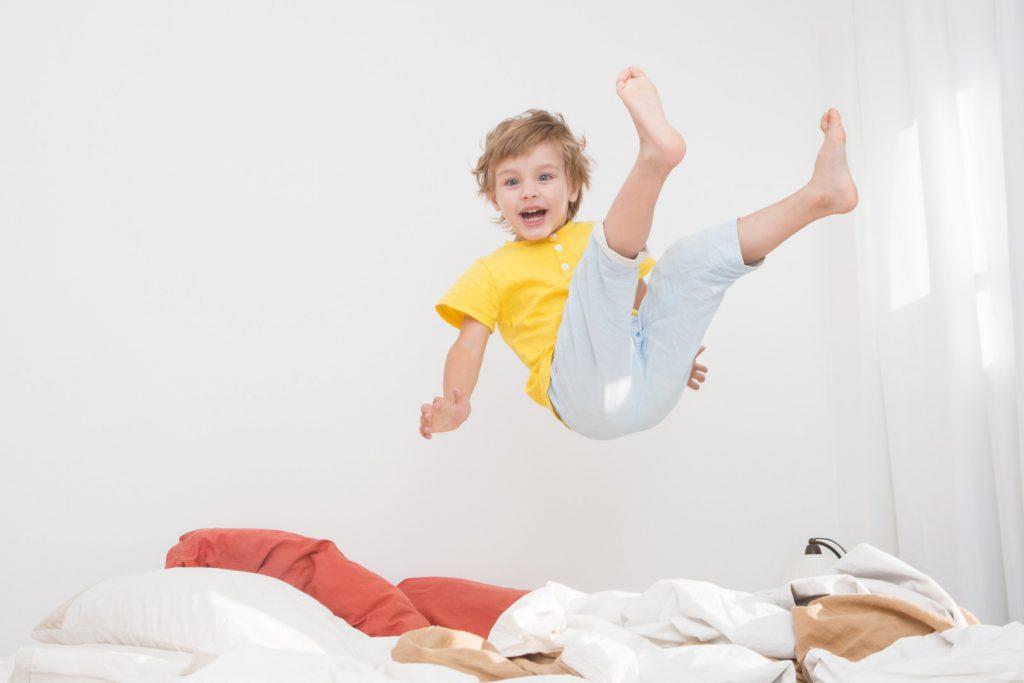 Почему сын оттягивает время отхода ко сну?