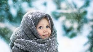 Зима для ребенка: прогулки, уход, еда