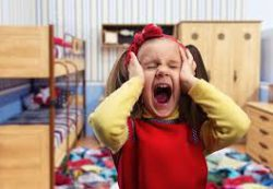 8 эффективных методов справиться с детскими истериками