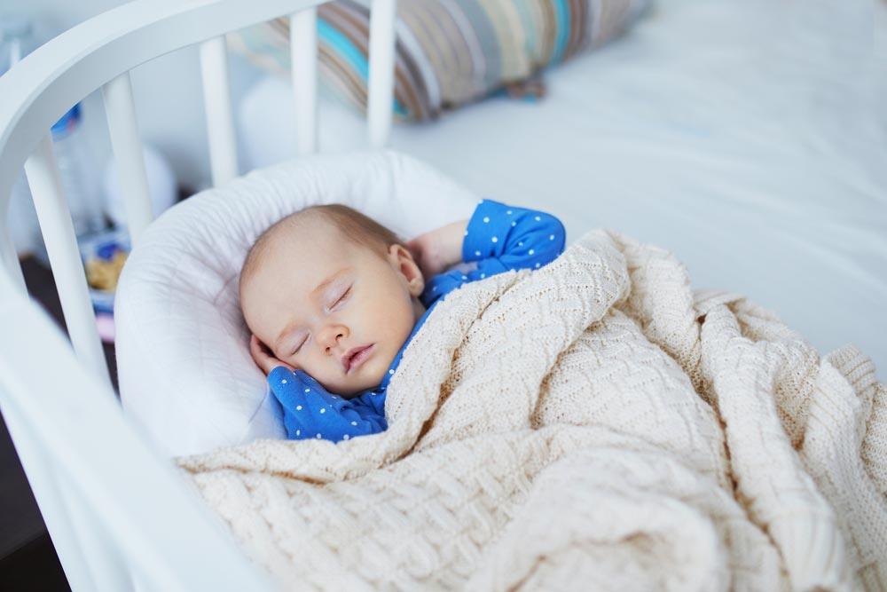 Спи моя радость, усни. Завтра великие открытия ждут тебя