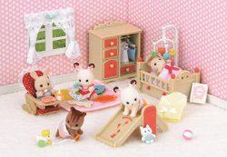 Игрушки: детские игры во взрослую жизнь