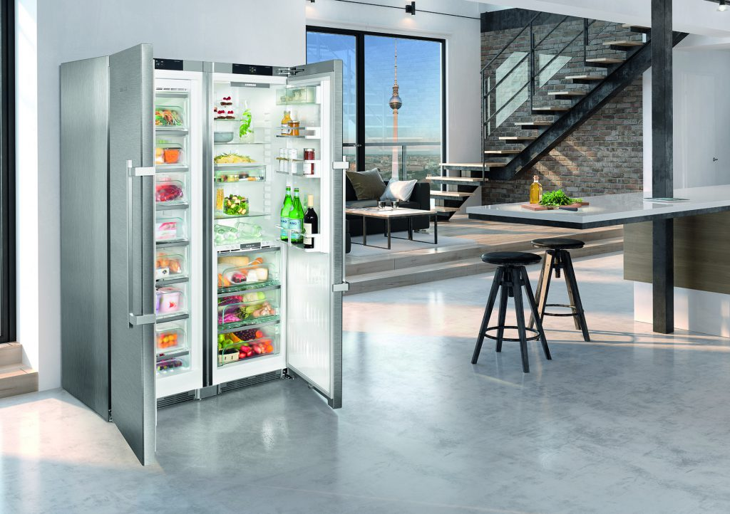 Покупаем холодильник в Comfy