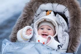 Прогулки с младенцем: за и против