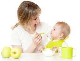 Питание ребенка после 1 года: меню, еда кусочками и перекусы
