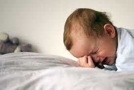 Как успокоить младенца ночью?