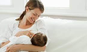 Малыш родился: подбираем обувь, кроватку, подушку и стульчик