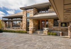 Каменные дома: максимальная основательность