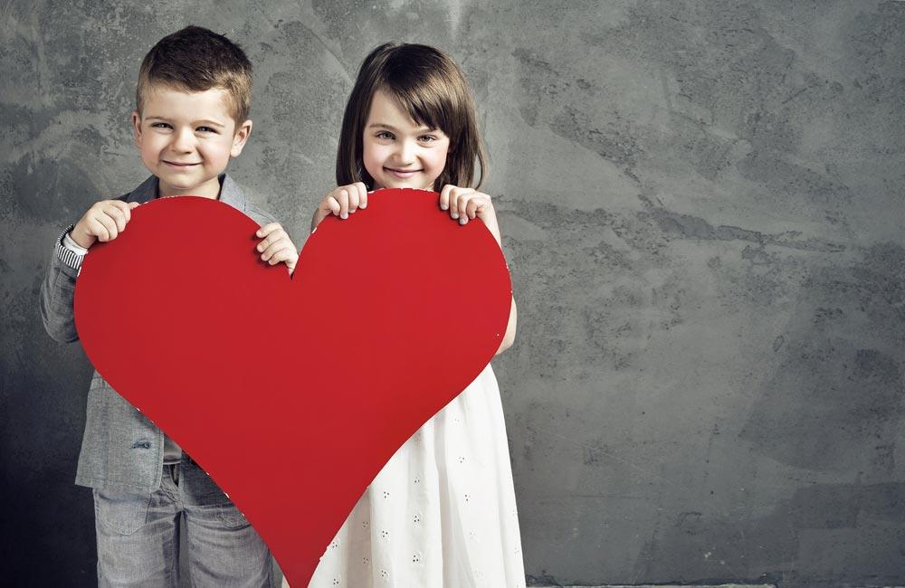 Как реагировать на детсадовскую любовь и игры «в доктора»