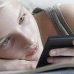 Специалисты назвали, в каком возрасте малышам можно покупать мобильные телефоны