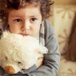 С какого возраста можно оставлять ребенка одного?