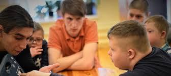 Как помочь заговорить людям с нарушениями речи